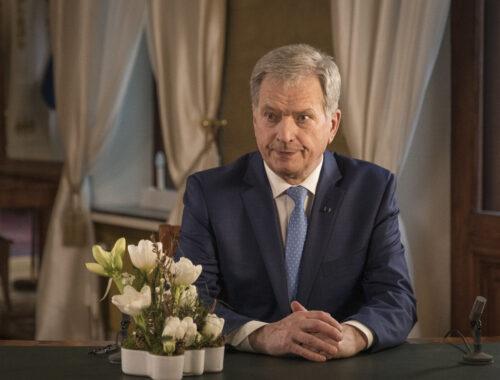 Prezydent Sauli Niinistö podczas orędzia noworocznego 2021. Zdjęcie: Jon Norppa/Kancelaria prezydenta Finlandii